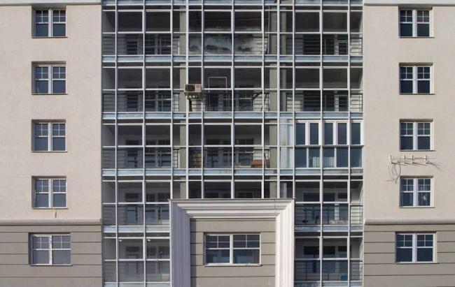 Жилой дом на пр. Октября, 25 © Архитекторы: В.Дубиновский, О.Забовухина