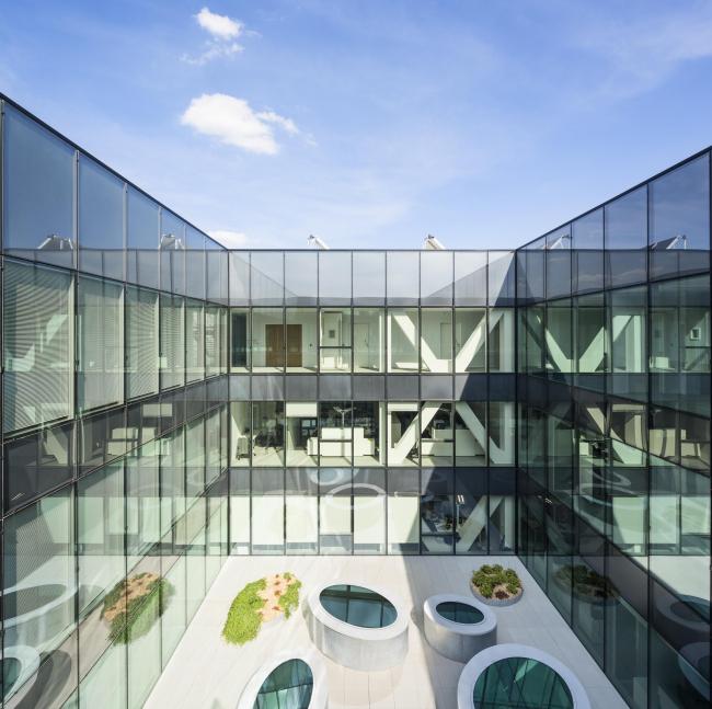 Штаб-квартира банка Crédit Mutuel de Loire-Atlantique Centre-Ouest © Luc Boegly