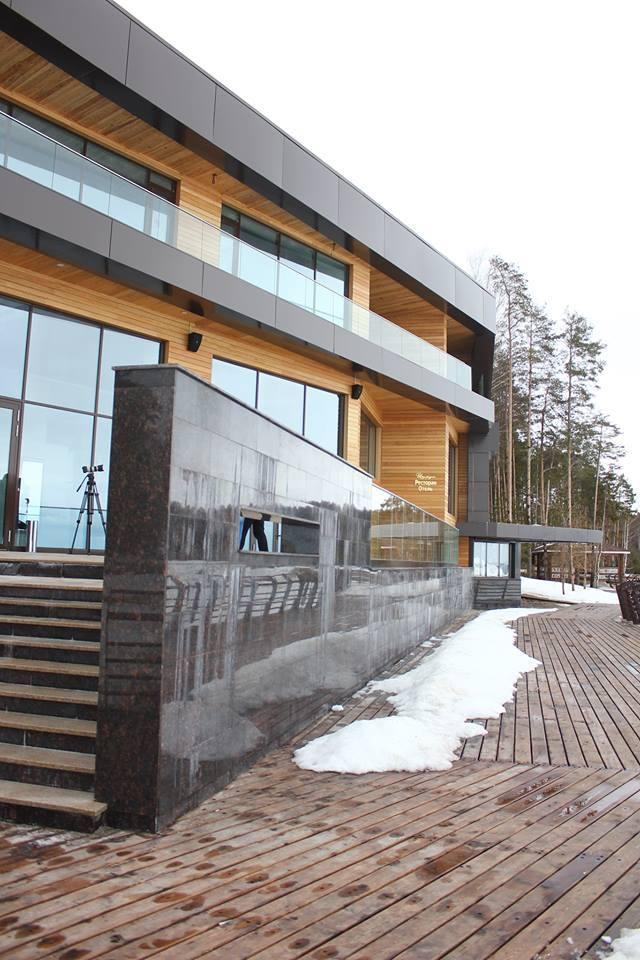 Гостиничный комплекс на базе отдыха «Изумрудное» © Архитектурное бюро С. Горшунова