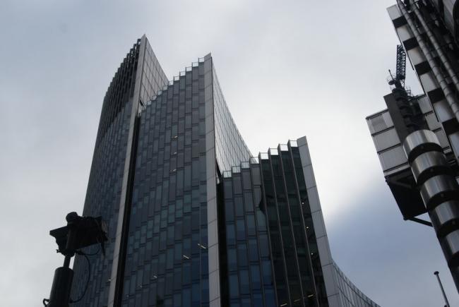 Здание компании «Виллис». Фото:  Robert Lamb via Geograph. Лицензия CC BY-SA 2.0