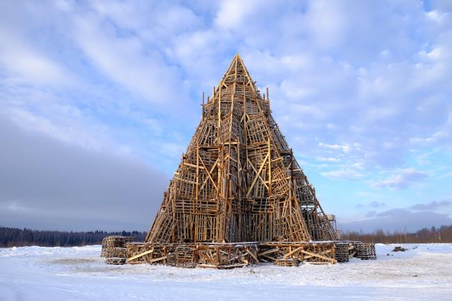 Арт-объект для Масленицы в Никола-Ленивце (2017). Фото © Николай Полисский