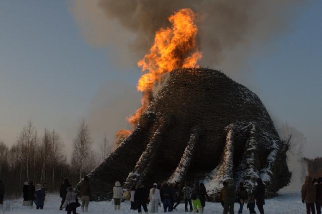 Сожжение Градирни (2012). Фото © Николай Полисский