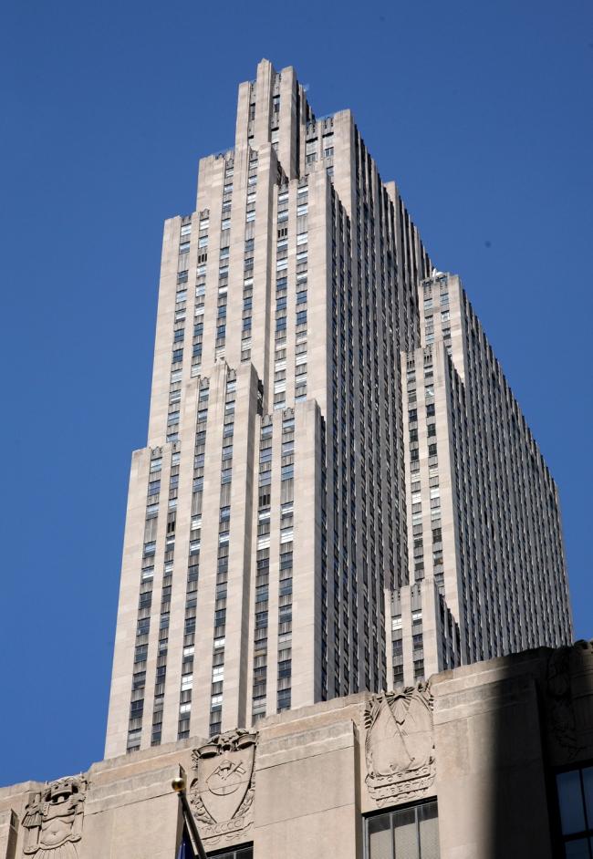 13. РСА билдинг (Рокфеллер-центр) в Нью-Йорке, Р. Худ, 1931-1933. Фотография: Андрей Бархин