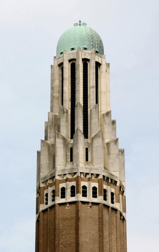 9. Базилика Сакре-Кёр в Брюсселе, арх. А. ван Хуффель, с 1922. Фотография: Андрей Бархин