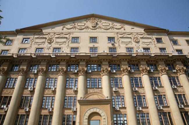 20. Институт Горного дела, арх. И.В.Жолтовский, 1951
