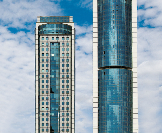 Многофункциональный комплекс «Титан», г. Минск, Беларусь. Фотография предоставлена  «АЛЮТЕХ»
