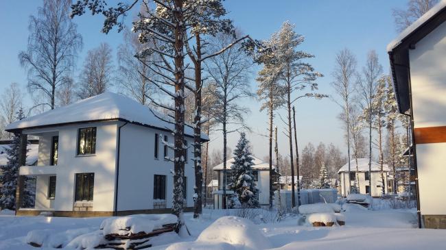 Коттеджный посёлок «Изумрудные горки» © Компания «Славдом»
