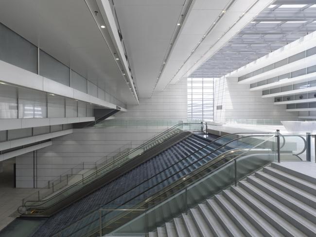 Торгово-выставочный комплекс в Ляньюньгане © Christian Gahl