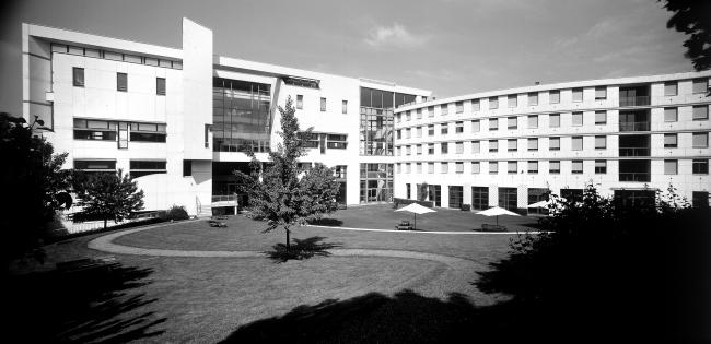 Школа танцев в Нантере. Кристиан де Портзампарк. 1983-1987. Фотография © Nicolas Borel