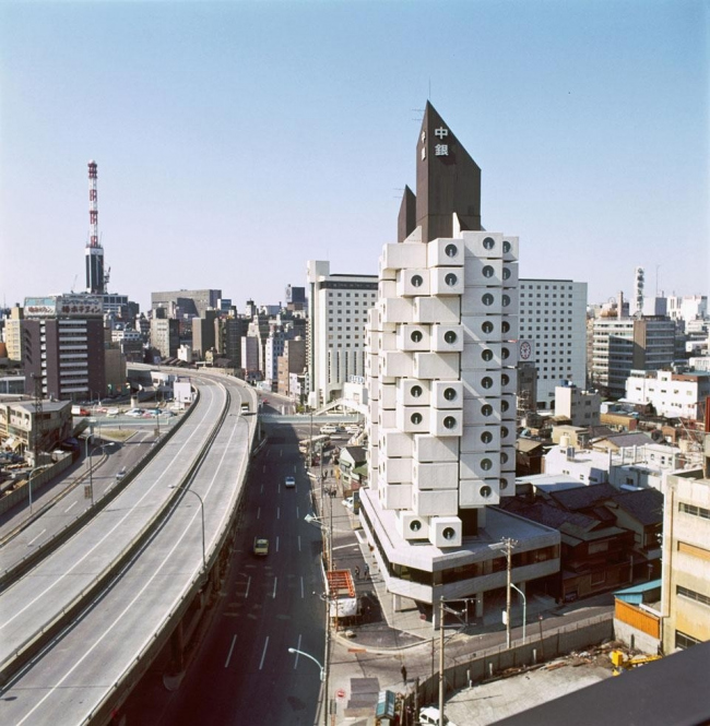Башня Nakagin в Токио. 1970-72 гг. Арх. Кисё Курокава