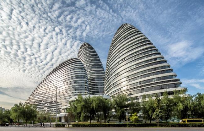 Комплекс «Ванцзин SOHO» © Jerry Yin