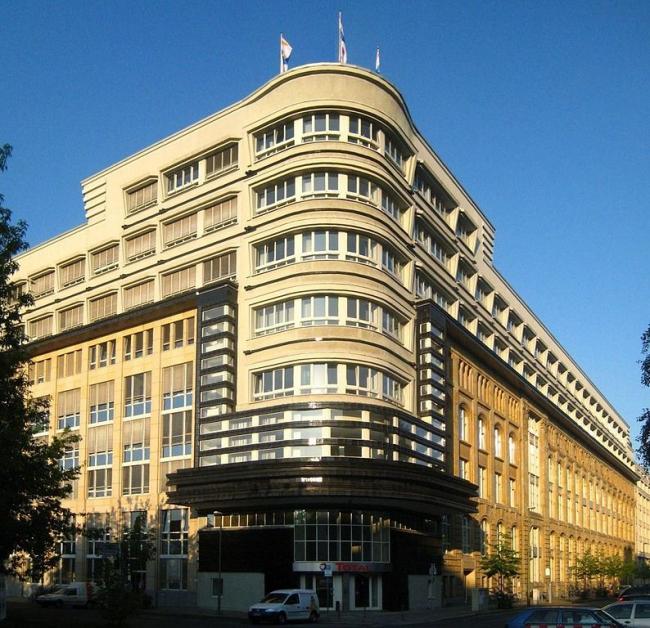 Здание издательства Моссе (Mosse-Haus) в Берлине. Фото: Jörg Zägel via Wikimedia Commons. Лицензия Creative Commons Attribution-Share Alike 3.0 Unported
