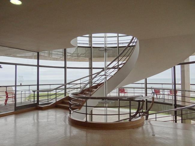Павильон «De La Warr» в Бексхилл-он-Си. Фото: Esther Westerveld via flickr.com. Лицензия Creative Commons   Attribution 2.0 Generic