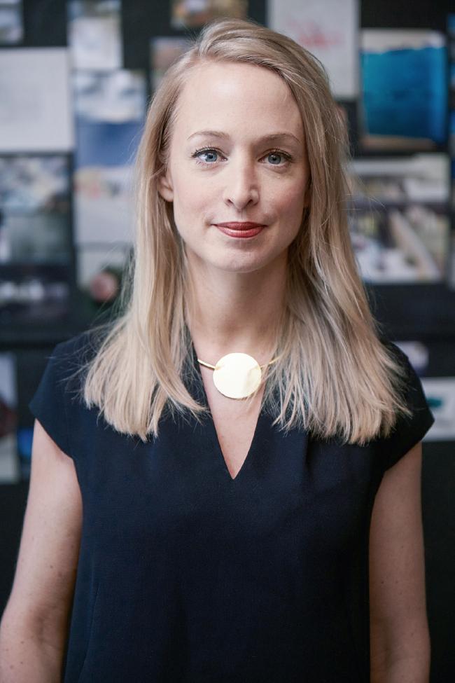 руководитель стратегии бренда и бизнес-инноваций MINI Эстер Бане. Фотография предоставлена BMW Group
