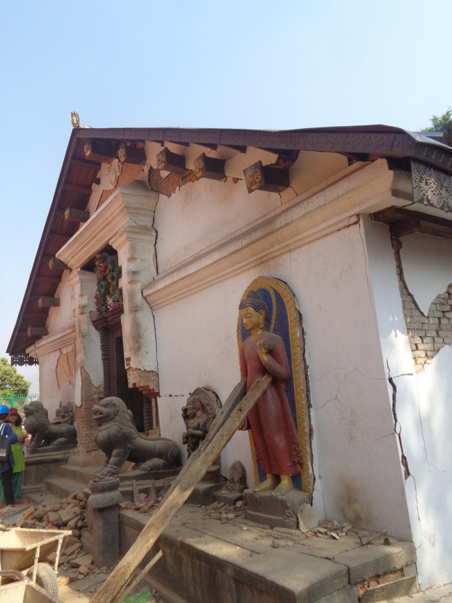The damaged entrance to Shantipur, the tantric temple which can only be entered by an initiated priest. © Kai Weise