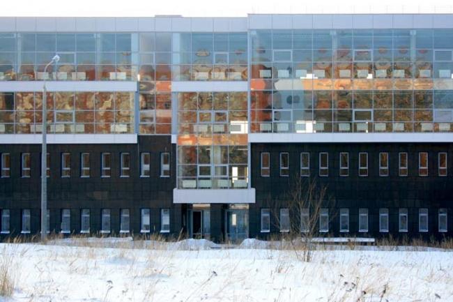 «Призма». Реконструкция здания столовой под административно-офисный центр © ООО АПМ «АРТ проект»