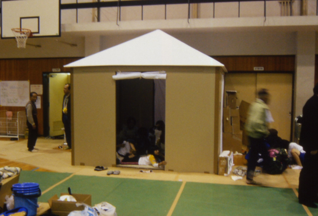 Paper House for Niigata earthquake victims. Photo by Voluntary Architects' Network