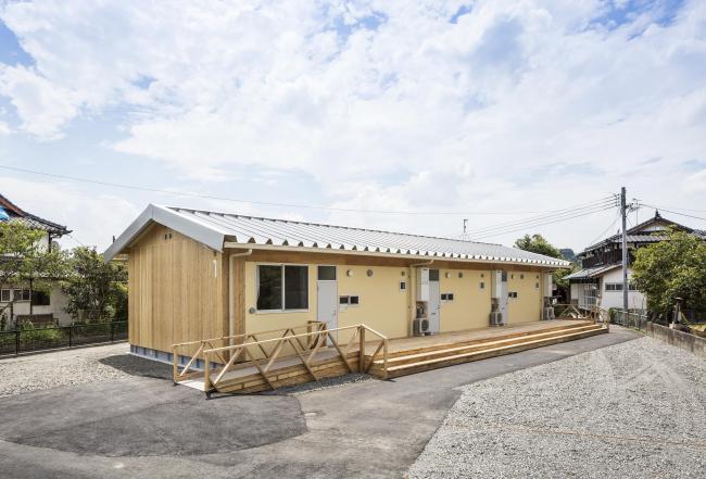 Сборное деревянное временное жилье для пострадавших от землетрясения в Кумамомото. Фото: Hiroyuki Hirai