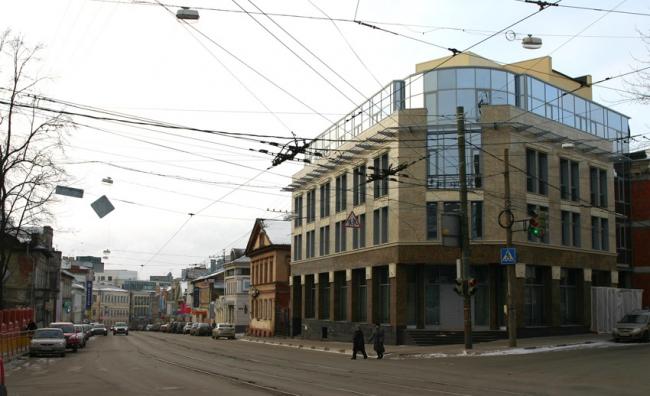 Офисное здание на углу улиц Ульянова и Пискунова © Творческая мастерская архитектора В.Борисюка