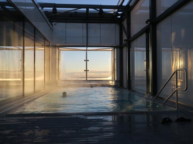 Отель Clarion. Бассейн наверху. Фото: Tarja Nurmi