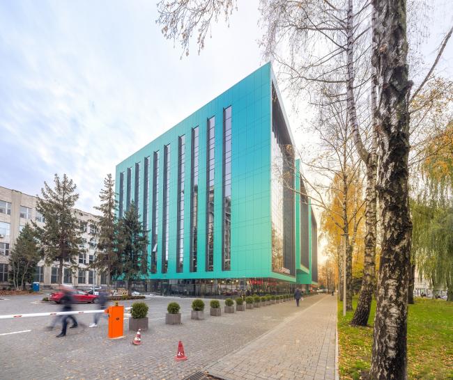 Офисный комплекс «Оптима Плаза» © Архиматика