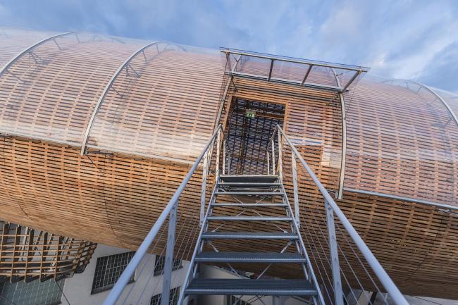 Дирижабль «Гулливер». Центр современного искусства DOX, Прага © Jan Slavík