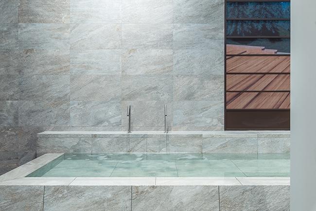 Сочетание воды и камня в коллекции Italon Climb ©Italоn