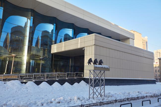 Государственный концертный зал имени Арнольда Каца в Новосибирске. Фото: «Айкью Фасад» Фасадные системы