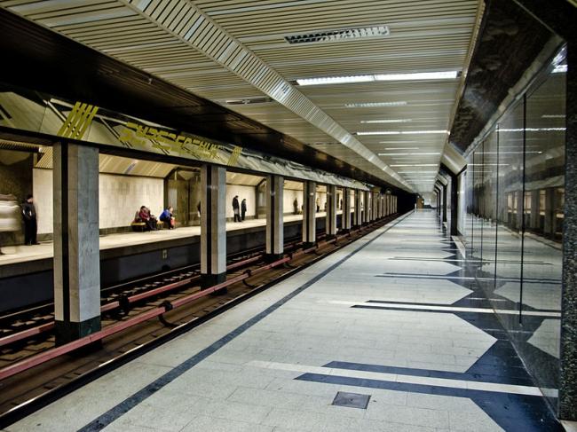 Станция метро «Буревестник». Фото: Florstein via Wikimedia Commons. Лицензия CC BY-SA 3.0