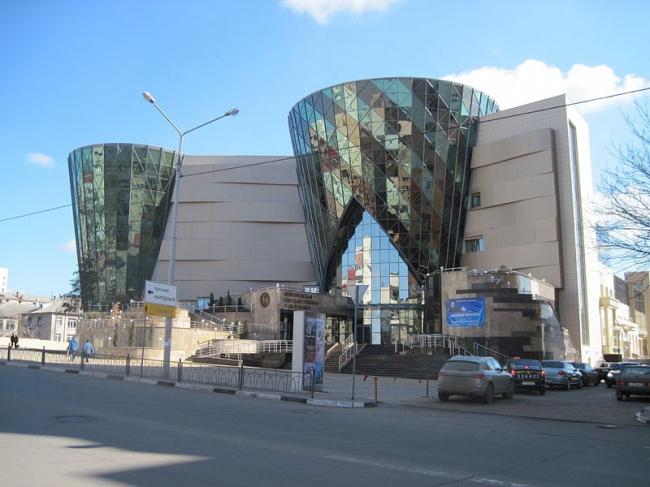 Белгородская государственная филармония. Фото: В.А.Ч. via Wikimedia Commons. Фото находится в общем доступе