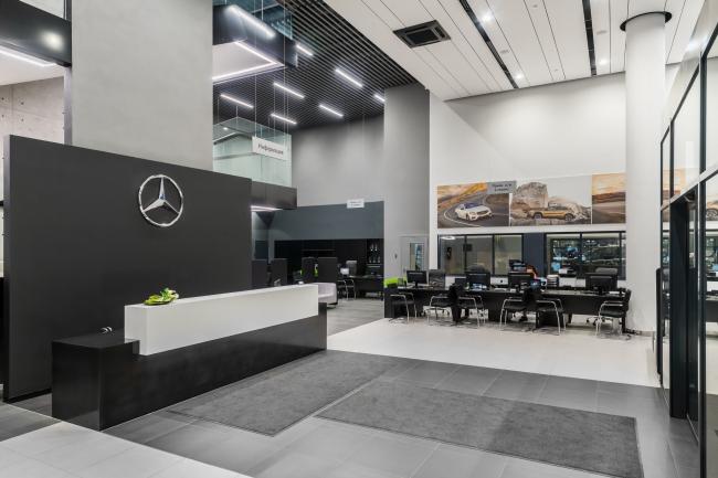 "Interiors of the ""Avangard"" car service center. Photograph © A.Gushchin"