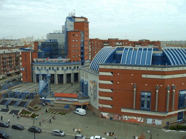 Цирк в Ижевске. Фото: Ашихмин Роман Владимирович via Wikimedia Commons. Лицензия CC BY-SA 3.0