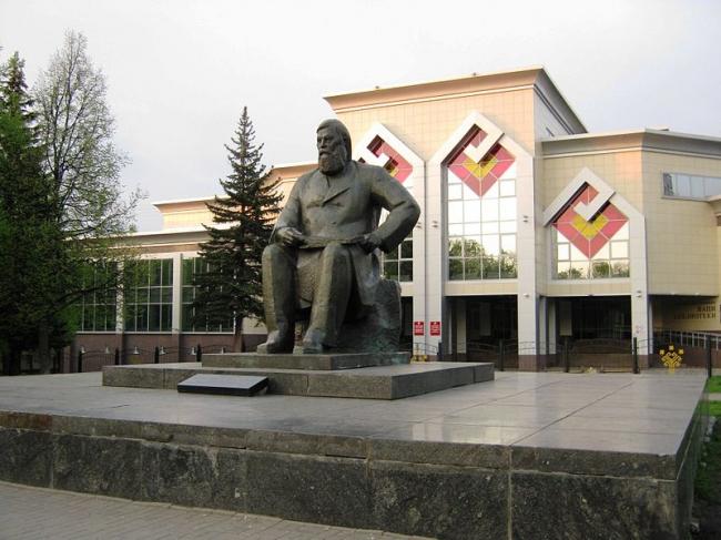 Реконструкция национальной библиотеки Чувашии. Фото: Георгий Долгопский via Wikimedia Commons. Фото находится в общем доступе