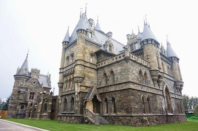Замок «Гарибальди». Фото: ShinePhantom via Wikimedia Commons. Лицензия CC BY-SA 3.0