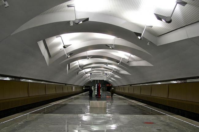 Станция метро «Шипиловская». Фото: Mikhail (Vokabre) Shcherbakov via Wikimedia Commons. Лицензия CC BY-SA 2.0
