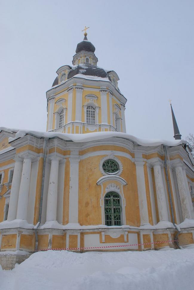 Спасская церковь в Вороново. До реставрации. Фото: Сержант Пеппер via Wikimedia Commons. Лицензия CC-BY-SA-3.0