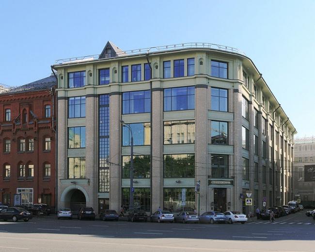 Реставрация торгового дома Московского купеческого общества. Фото: Ludvig14 via Wikimedia Commons. Лицензия CC BY-SA 3.0