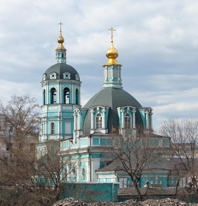 Реставрация храма святителя Николая в Заяицком. Фото: Solundir via Wikimedia Commons. Лицензия CC BY-SA 3.0