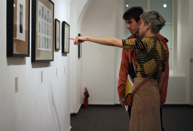 Выставка «МAРШ V». Фотография © Юлия Тарабарина