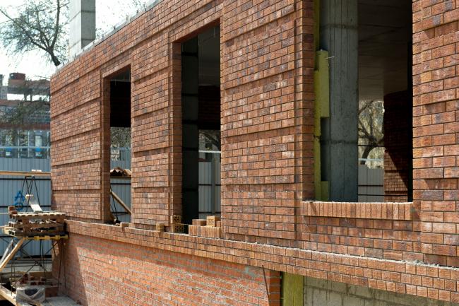Жилой комплекс «Milk House» © СИБИРЬИНВЕСТ. Клинкер Hagemeister Gent. фото на стадии кладки стен.