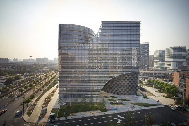 Комплекс Hangzhou Gateway