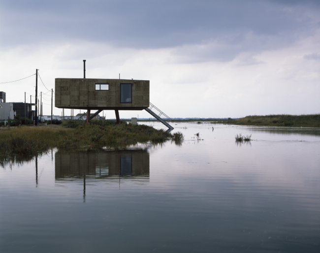 Дом Redshank, Эссекс.  Lisa Shell Architects Ltd + Marcus Taylor. Фото © Helene Binet