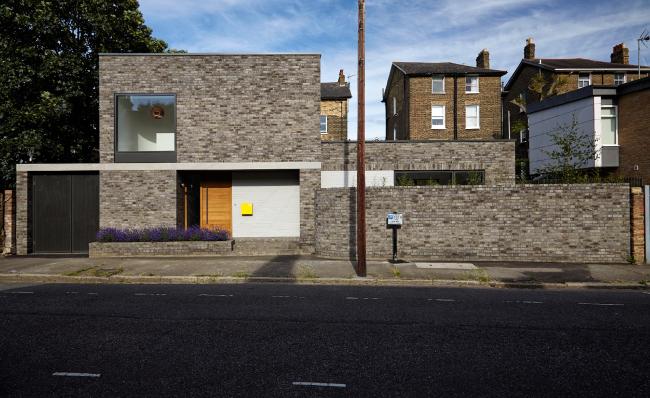 Частный дом No 49, Лондон.  31/44 Architects. Фото © Anna  Stathaki
