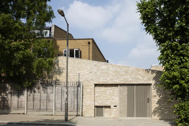 Дом Whole House, Лондон.  Hayhurst and Co. Фото © Marcus  Peel