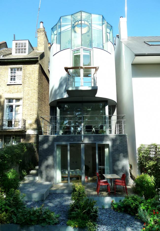 Дом 6 Wood Lane, Лондон.  Birds Portchmouth Russum Architects. Фото © Mike Russum