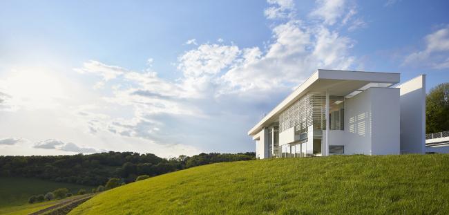 Резиденция в Оксфордшире.  Richard Meier & Partners Architects LLP + Berman Guedes Stretton. Фото © Nick Hufton