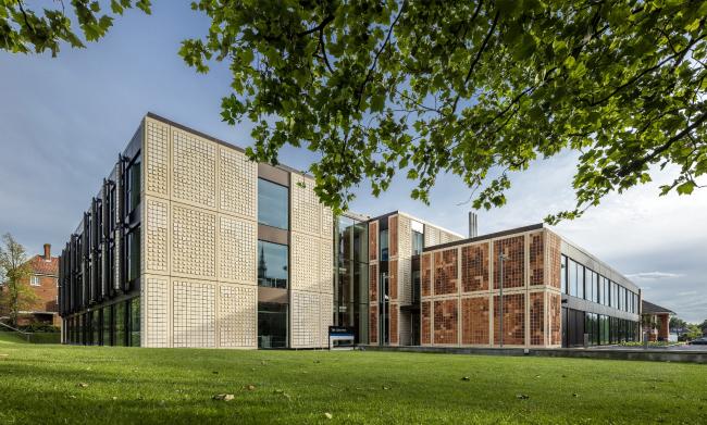 Лаборатория Далиджского колледжа, Лондон.  Grimshaw. Фото © Daniel  Shearing
