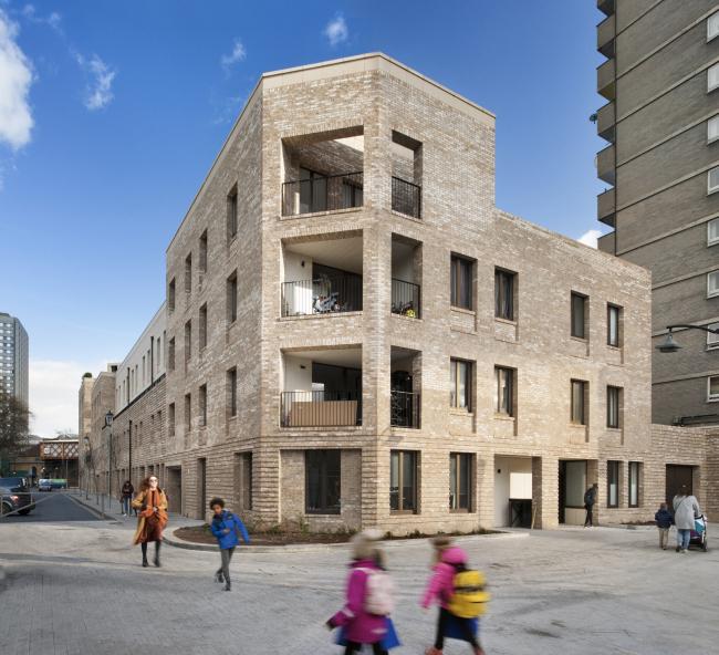Жилой комплекс Silchester, Лондон.  Haworth Tompkins. Фото © Philip Vile