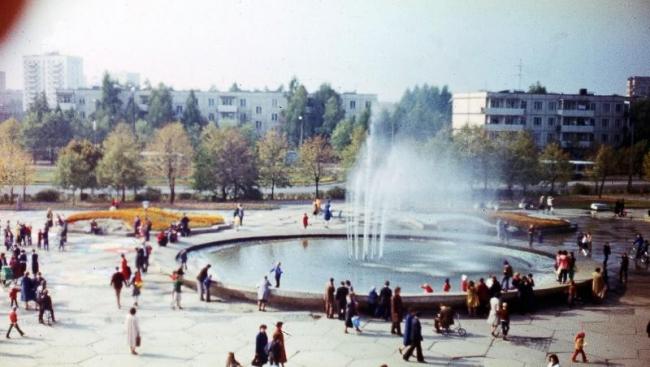 Фонтан на площади Юности в Зеленограде. Фотография: vk.com/club146130285
