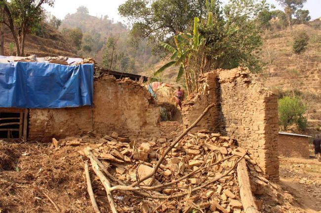 Полностью разрушенная землетрясением 2015 года деревня Маджигаон муниципалитета Меамчи округа Синдхупалчок (центральный Непал). Фото © Санджая Упрети